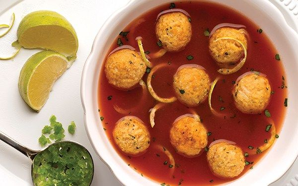 Sopa de lima con albndigas de pollo  Recetas con pollo