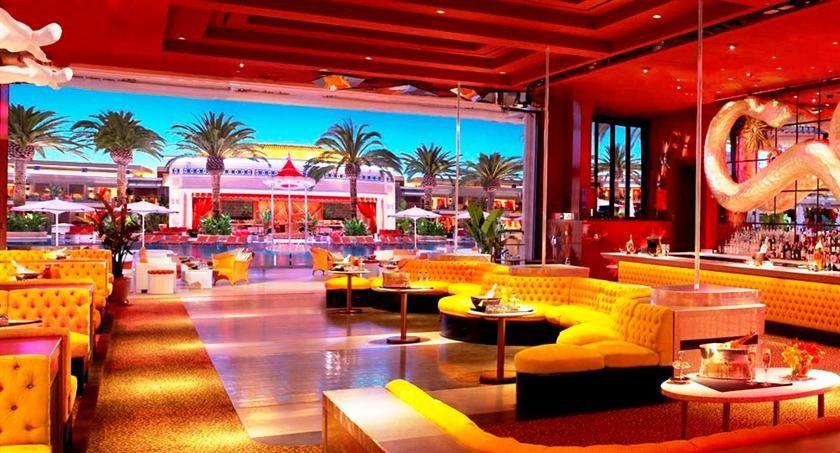 Everyday cheap hotels wynn las vegas stuff to buy for Wynn hotel decor