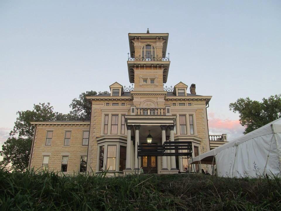 Venue Renwick Mansion Davenport Iowa