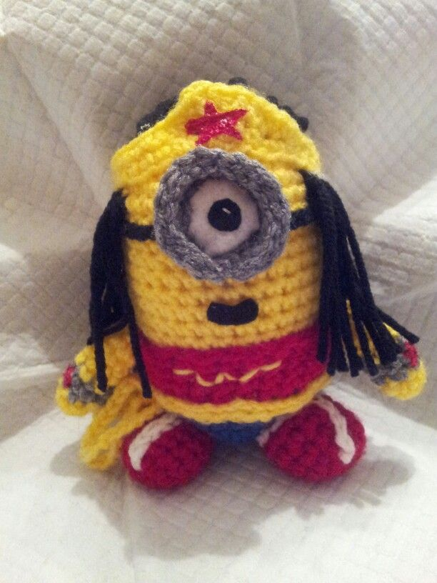 Wonder Woman Minion. | Minion | Pinterest