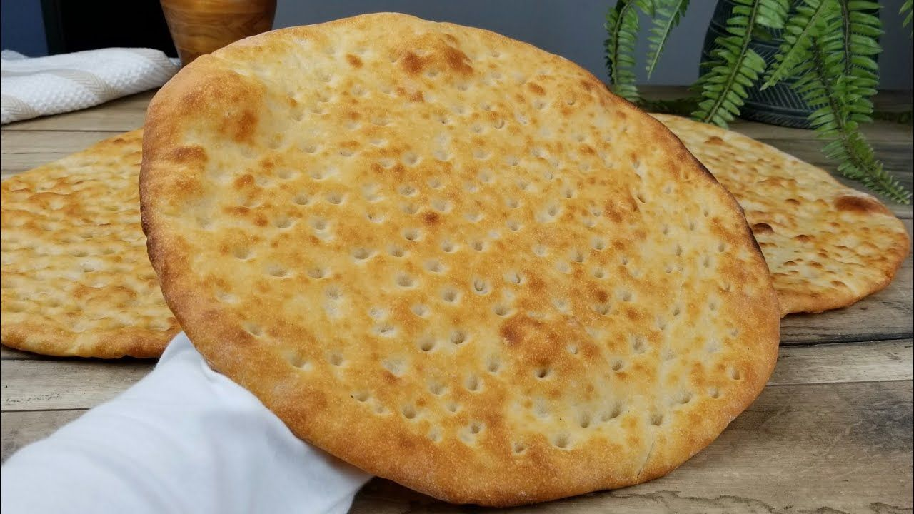 خبز تميس مع سر النكهة مثل المخابز تميز Afghani Naan Bread Recipe Youtube Food Arabic Bread Naan Bread