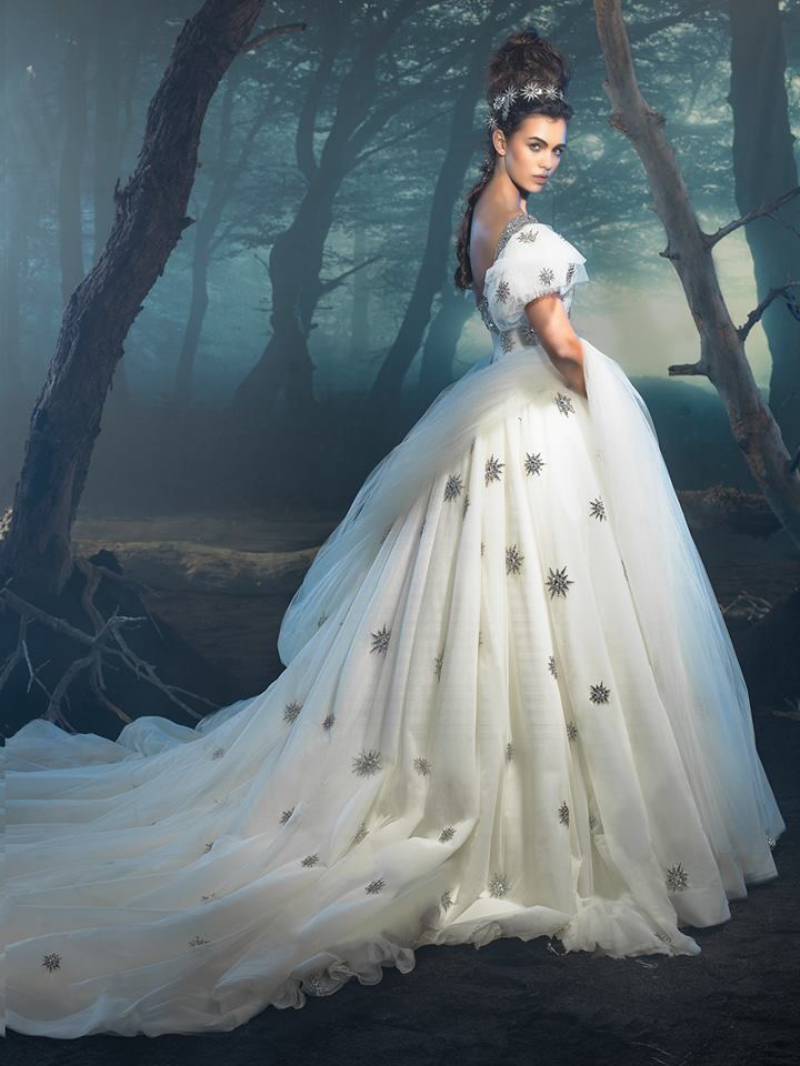 Dar Sara | Oceana Gowns and clothing | Pinterest | Gowns, Dress cake ...