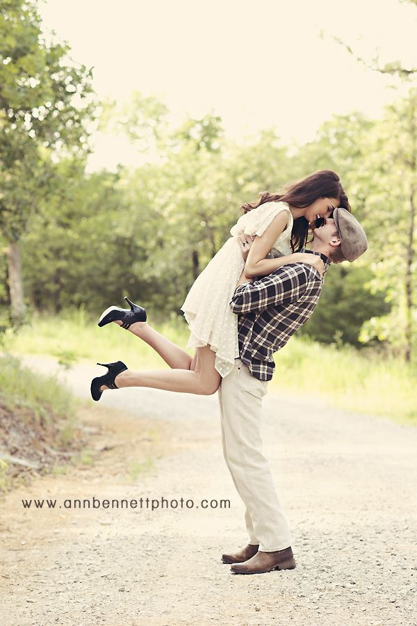 Engagement photography · vintage engagement couples