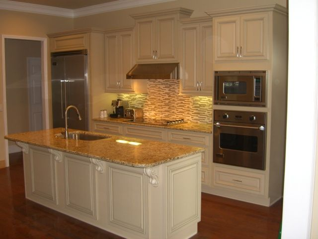 Best Heritage White Cabinets With Granite Counter Tops 400 x 300