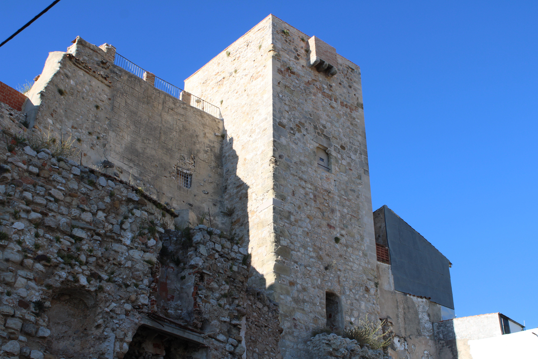torre de la fortaleza baja de Martos