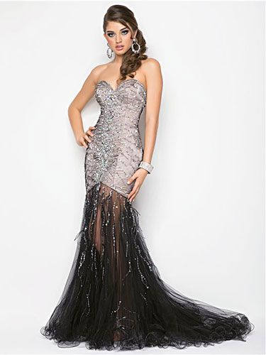 14 Amazingly Unique Prom Dresses No One Else Will Have | Illusions ...