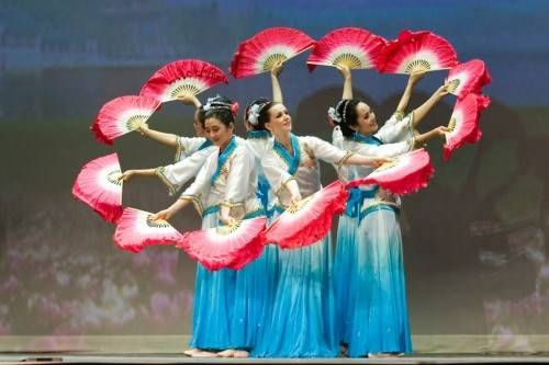spanish fan dance