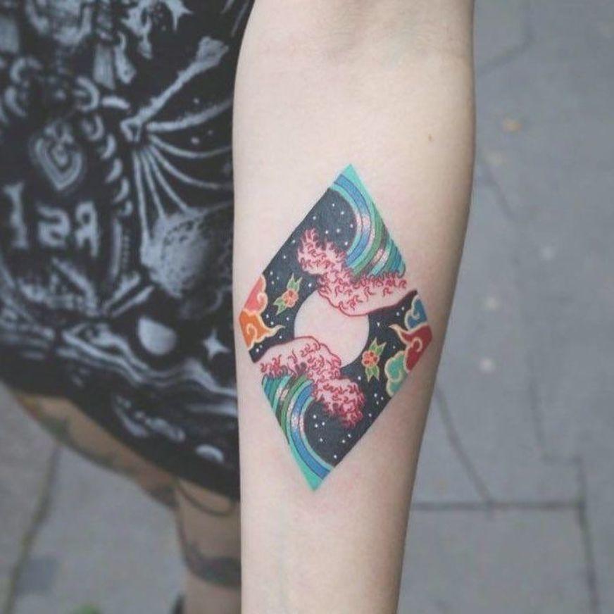 43 Gorgeous Minimalist Tattoo Ideas For Body Art Minimalist Tattoo Ideas Minimalist Tattoo Men Mi Minimalist Tattoo Tattoos With Meaning Tattoo Designs Men