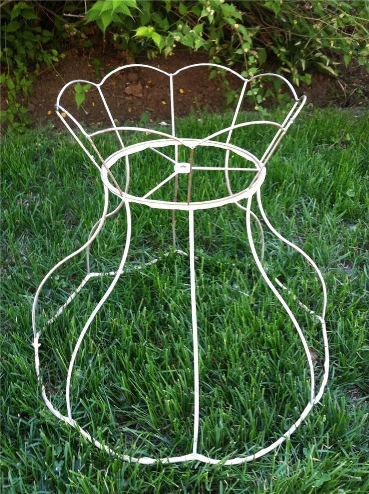 Large vtg crown victorian style lamp shade wire frame spider harp large vtg crown victorian style lamp shade wire frame spider harp fitter greentooth Images
