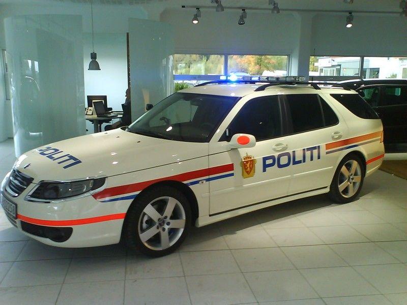 SAAB 9 5 European Police Car