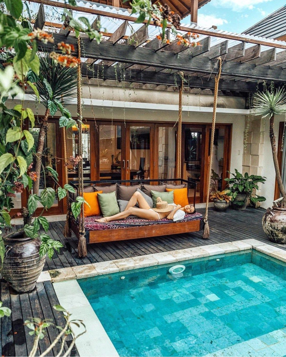 5 Surreal Swim Resorts in Bali to Soak Up the Sun | Décoration and ...