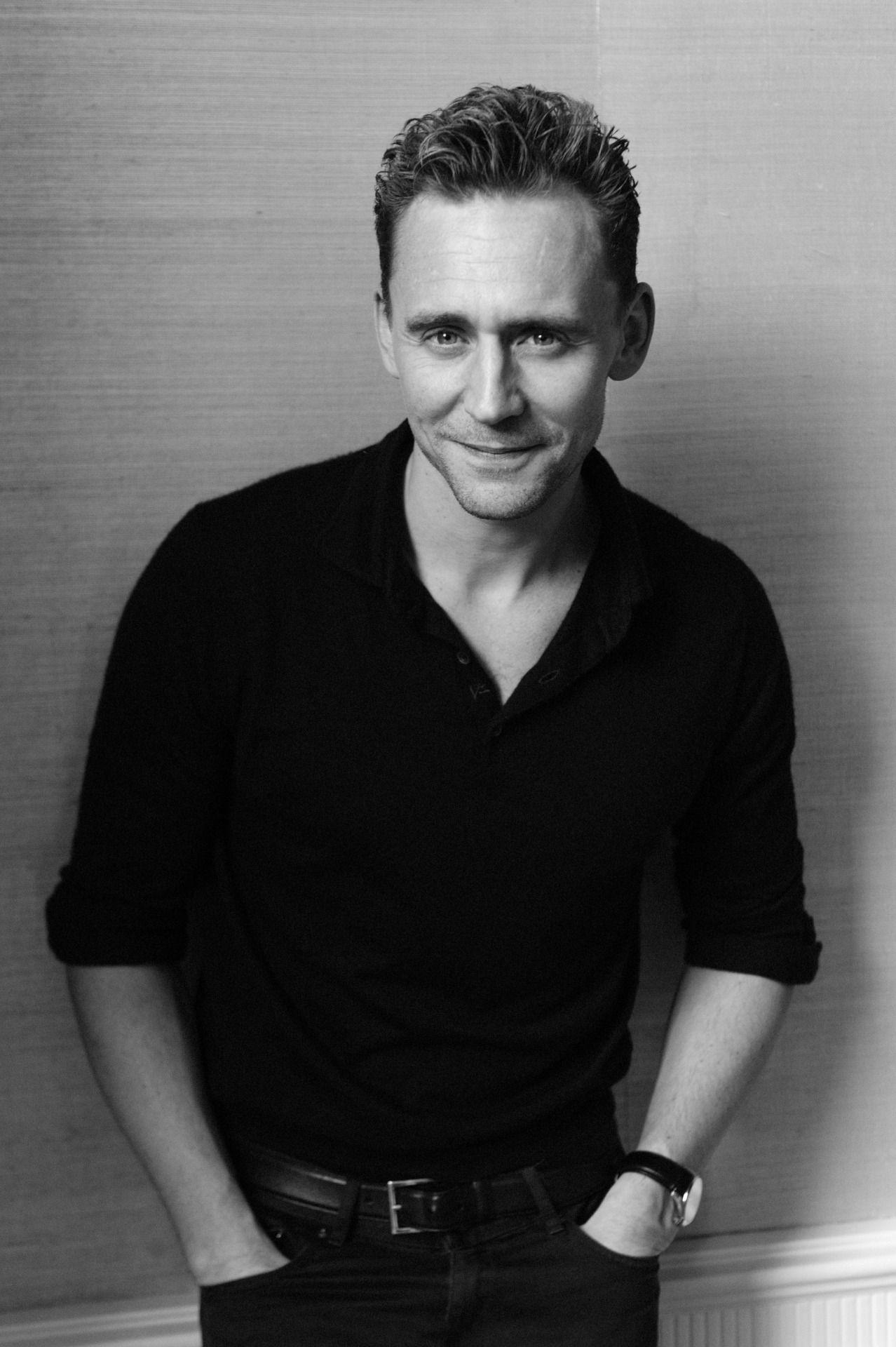 Tom Hiddleston Edit by jennphoenixtumblr blr