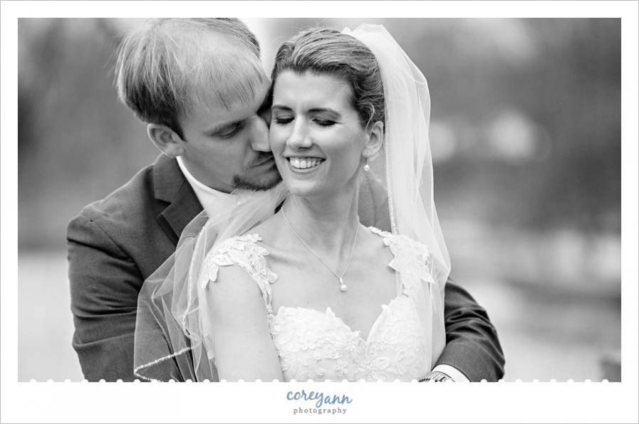 Cleveland Museum of ArtWade Oval wedding portrait