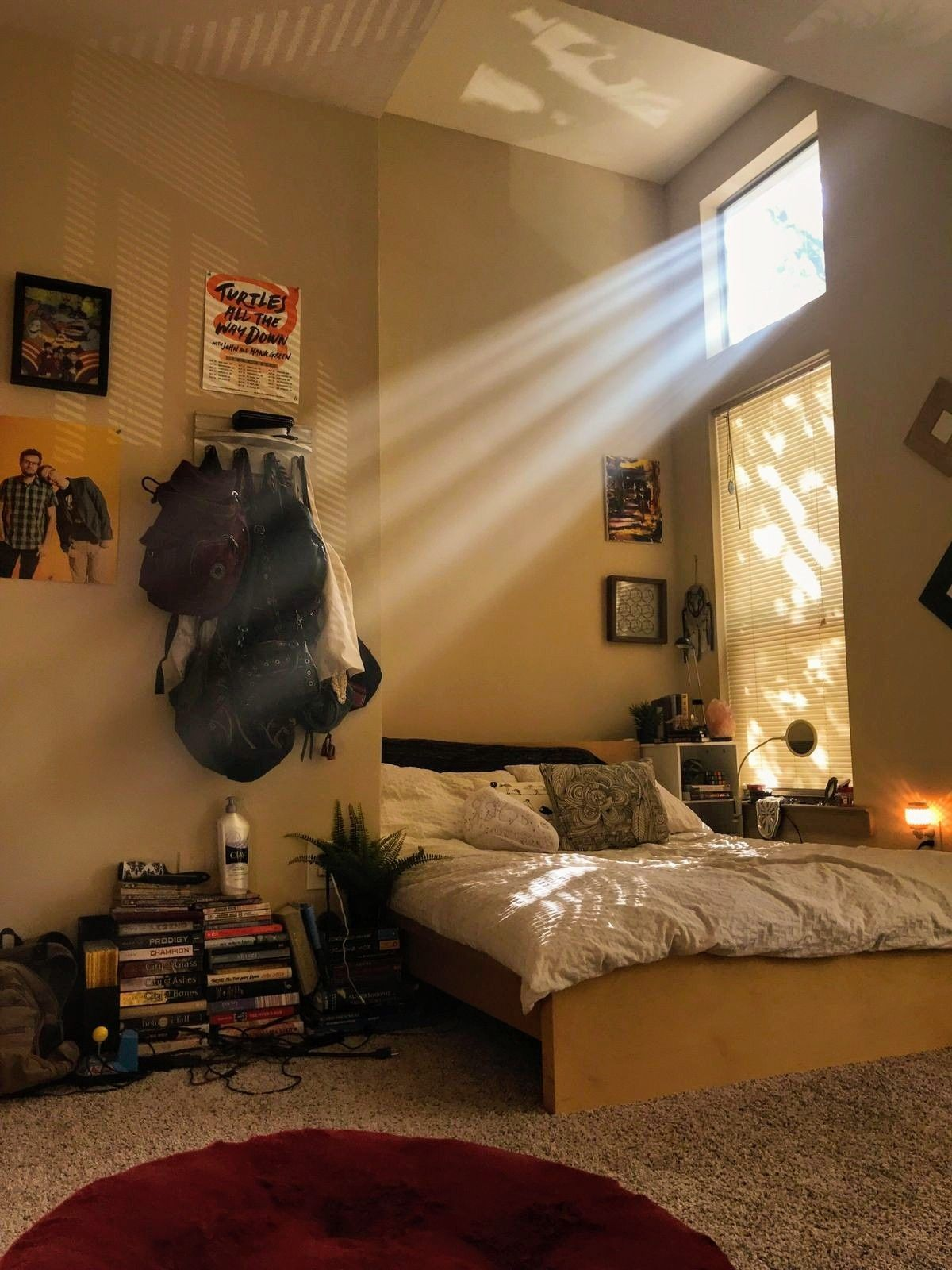 Omy plz  wish my room looked like this it   so also best house design images in future bedrooms home rh pinterest