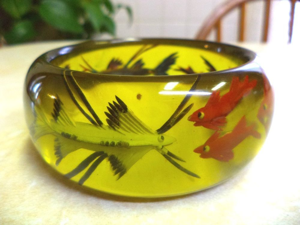 "VTG ~ RARE Reverse Carve Apple Juice Bakelite ""Fish"" Bangle Bracelet ~ 92 grams! #Bangle $1400"
