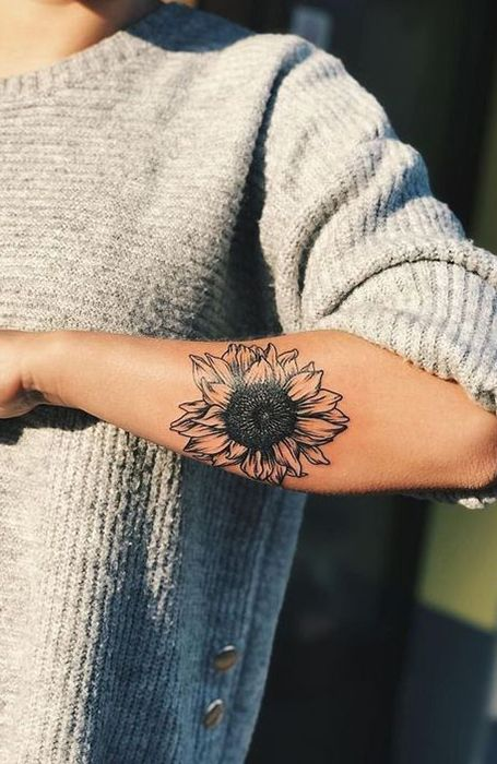 Photo of 23 Beautiful Sunflower Tattoos for Women