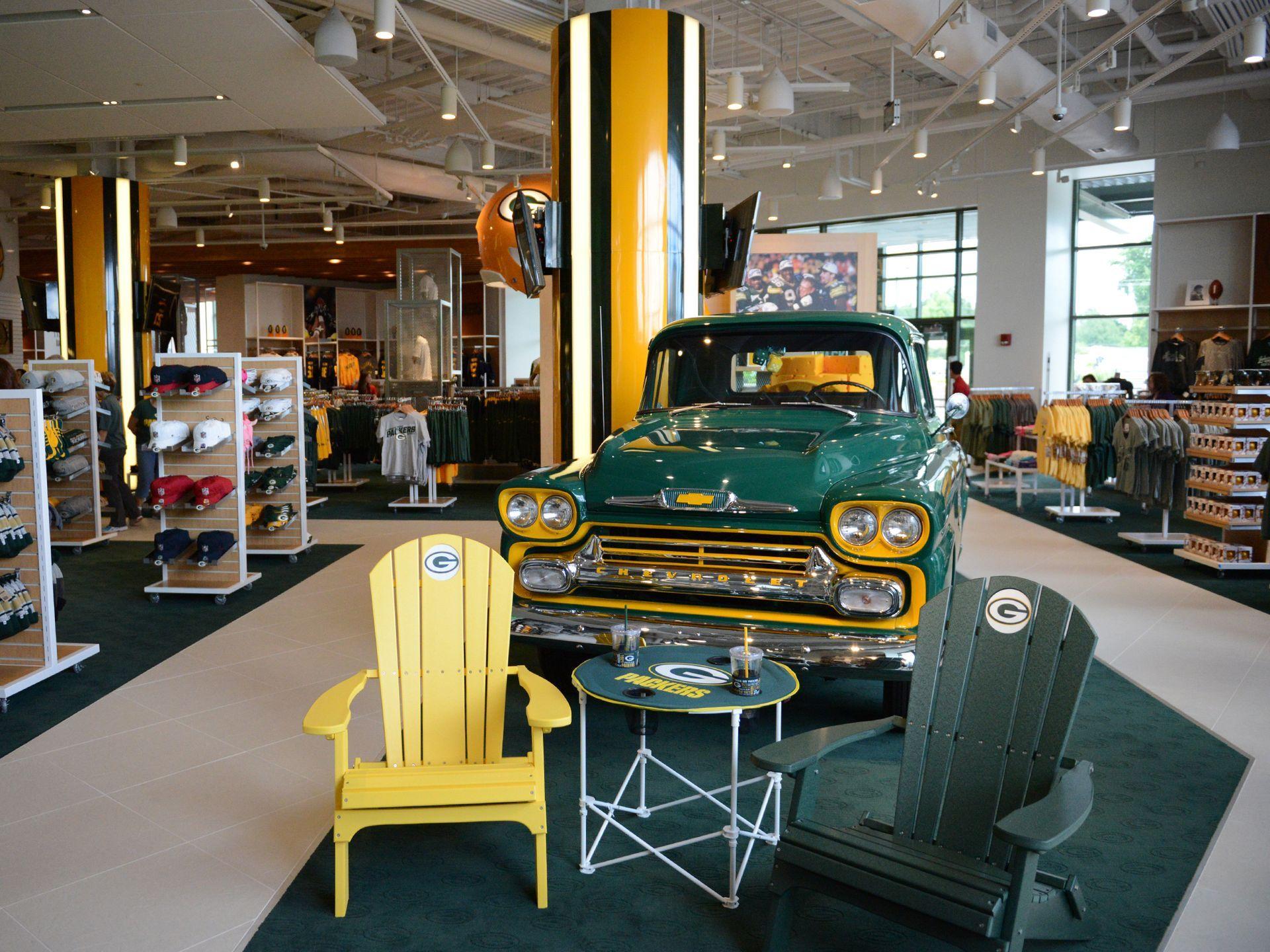 New Packers Pro Shop Opens At Lambeau Field Green Bay Packers Baby Packers Pro Shop Lambeau Field