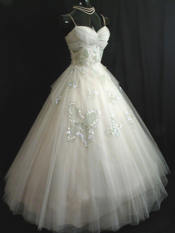1000  images about 1950s wedding dresses on Pinterest  Grace ...