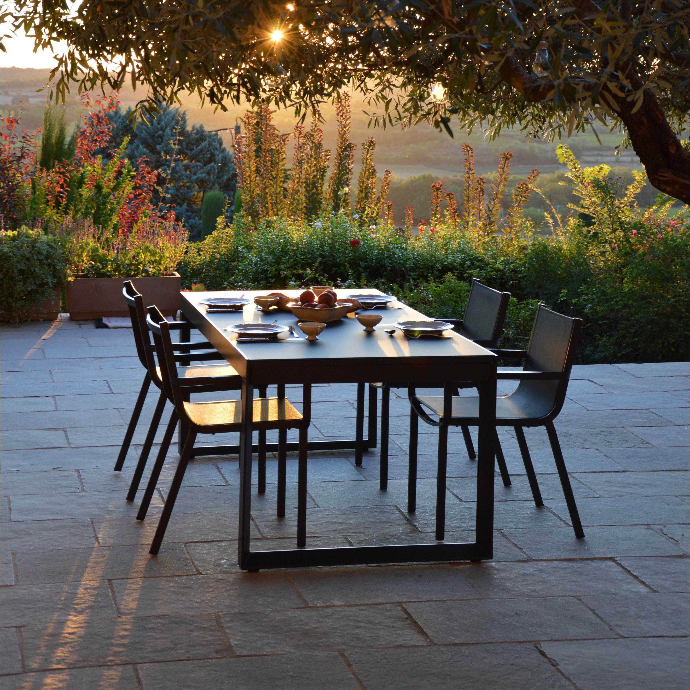 Table De Jardin De Repas Horizon Rectangulaire Anthracite 6 8 Personnes En 2020 Table De Jardin Mobilier Jardin Et Agrement De Jardin