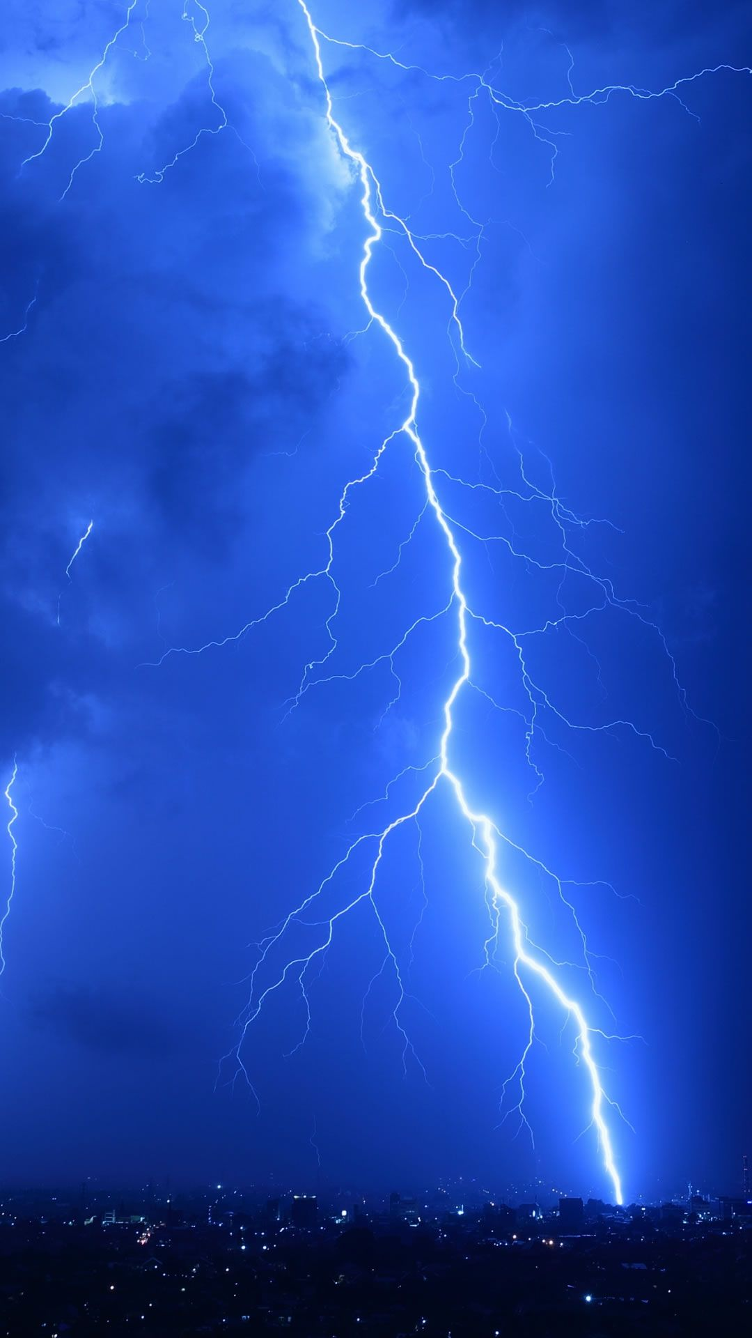 Cool Lightning Strikes #iPhone #6 #plus #wallpaper
