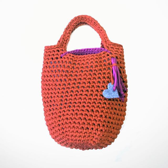 WEBSTA @ mazasvoras - Handmade knitted handbag.Material's quality:Cotton yarn comes from the overproduction of the finest couture garments, with new fashion standards. It is made of cotton and is slightly elastic.#handmade #knitted #cotton #yarn #springsummer2016 #springsummer #handcrafted #accessories #handbag #bag #design #fashion #armbags #stylish #vilnius #madeinlithuania #womensaccessories #lithuaniastreetstyle #shopping #moterismagazine #mazasvoras #mazasvorasboutique
