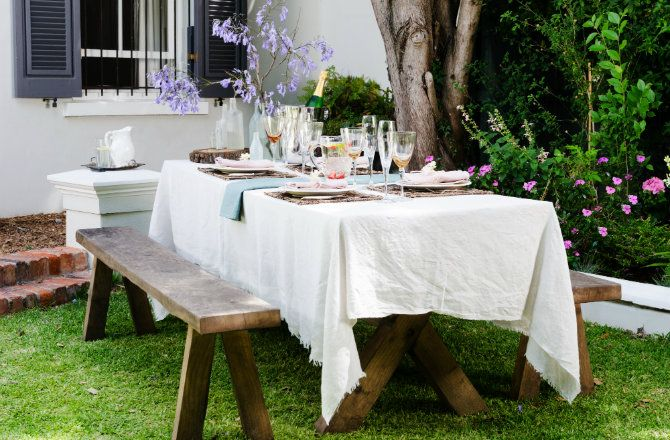 Here are the essentials for hosting the perfect sunny #summer #brunch!