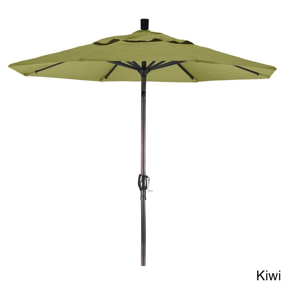 California Umbrella 7.5' Rd. Market Umbrella, Crank Lift with Push Button Tilt, Bronze Finish, Olefin Fabric