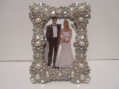 Cool Pearls And Crystals Jeweled Silver Plated 2 X 3 Wedding Picture