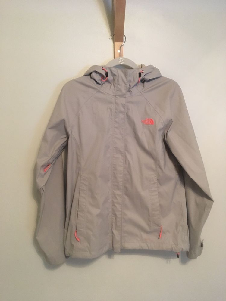 e2f31357ae6 The North Face Womens Rain HyVent 2.5 L Jacket Light Gray  Pink Size ...