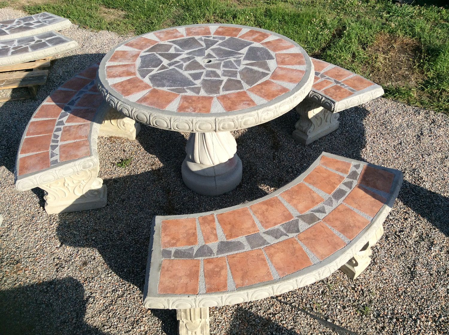 Patio Table Set Outdoor Tabe Round Concrete Tile Inlay Complete With 3 Benches By Cementbarn On Etsy