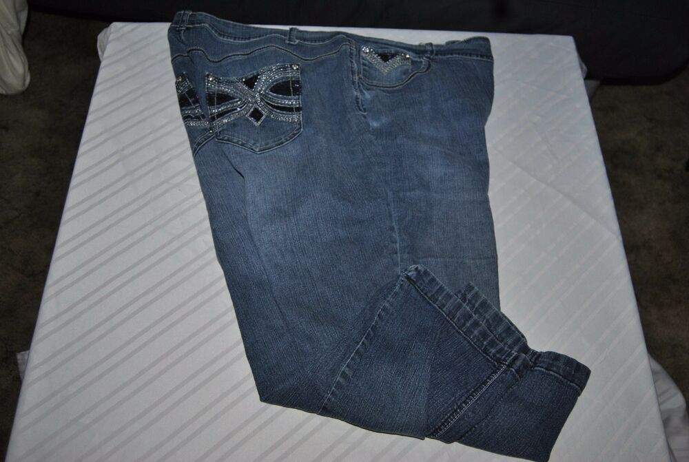 938c91737a3 ROZ and ALI crop jeans with embellishments. WN s Size 18  ROZandALI   CapriCropped