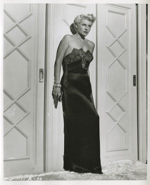 the lady from shanghai nude scene