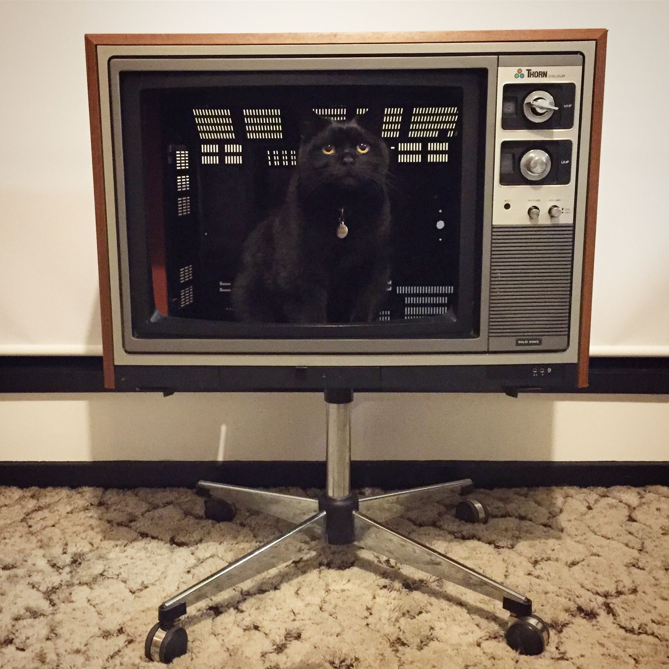 """My childhood colour """"Thorn"""" television circa early 1980's"""