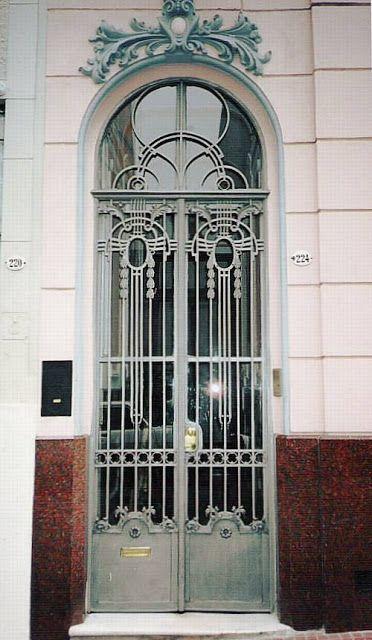 Puerta francesa de hierro y vidrio buenos aires puertas for Puertas de madera y hierro antiguas