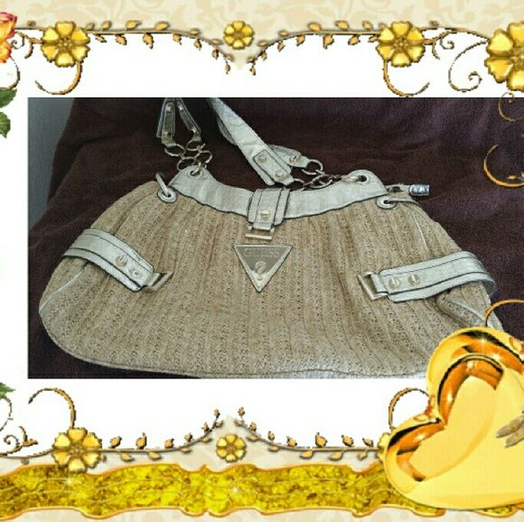 Guess Bag EUC, gently used, burlap w/ gold accents and labels.. room for tons of stuff,  very cute.. Guess Bags