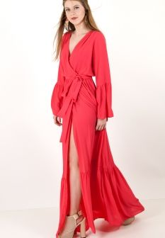 48f1f7691201 Μακρύ robe φόρεμα με βολάν στα μανίκια.