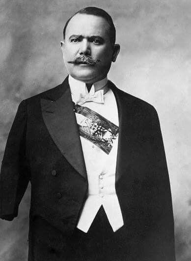Alvaro Obregon el manco de Celaya
