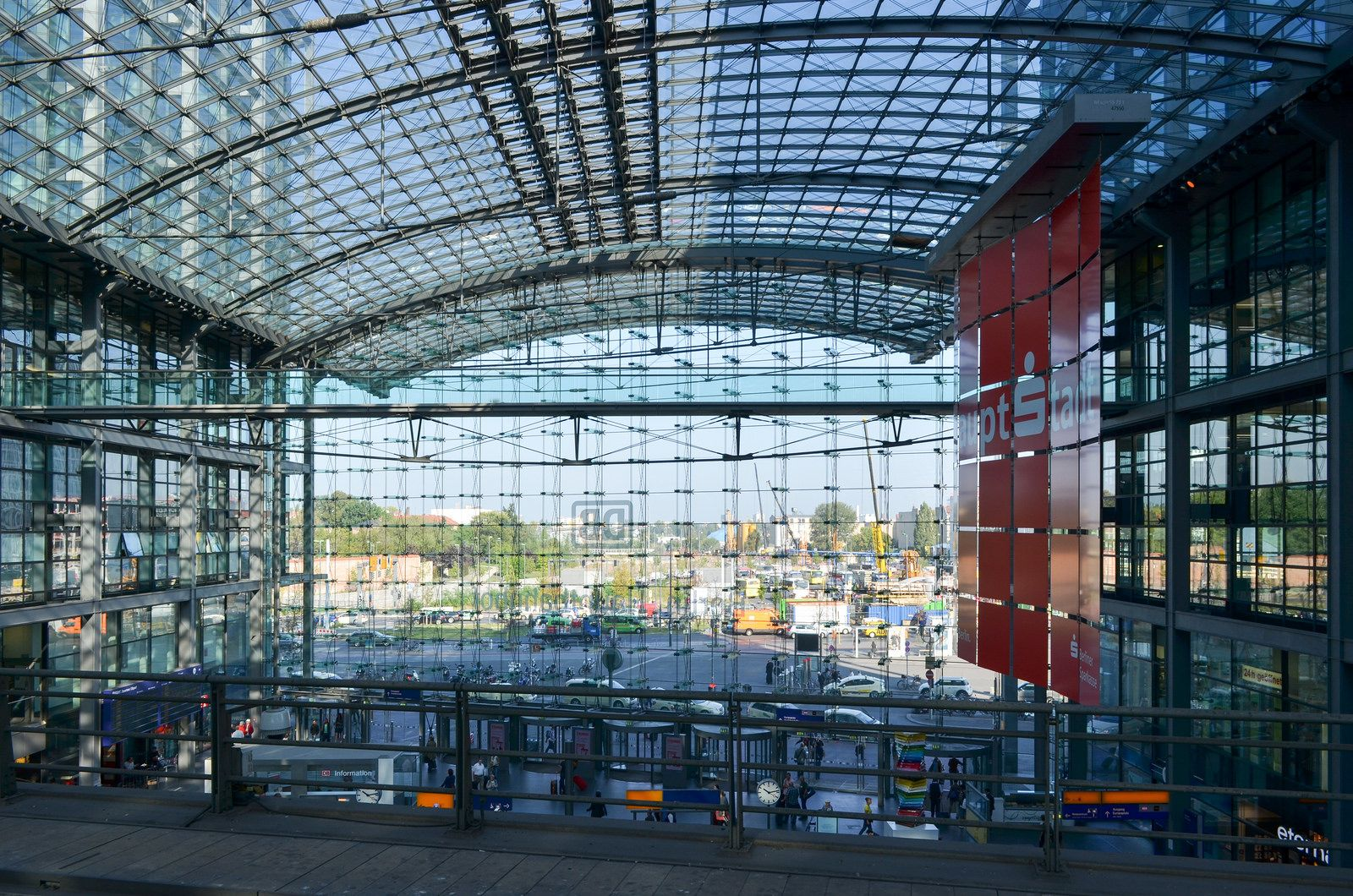 Berlin Central Station Canopy architecture, Garden