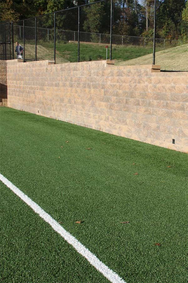 Keystone Compac Segmental Retaining Wall Units In Mesquite Used To Border An Athletic Field At Downingtown East High S Retaining Wall East High School Building