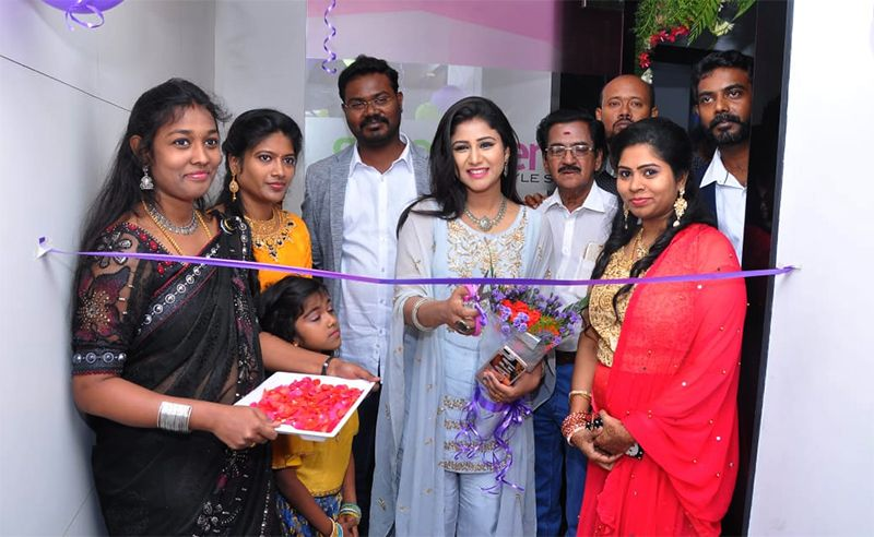 Actress Alya Manasa Inugurate Green Trends Saloon