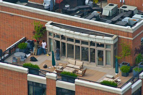 Exterior Design, Fascinating Garden Design Ideas For Rooftop Gardens In Nyc Also Outdoor Living Room Furniture Modern Windows Design Also Cozy Lounge Design Also Gray Dinner Set For Outdoor: Incredible Rooftop Gardens in NYC