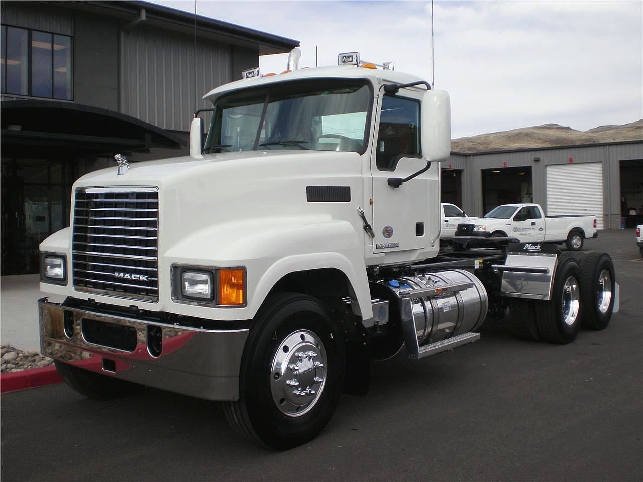 We have 200 mack pinnacle trucks for sale lease search our listings for new used trucks updated daily from of dealers private sellers