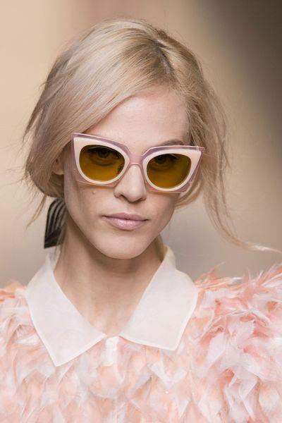 Fendi   Crédit photo  Imaxtree   Les plus belles lunettes de soleil de l été  2015 repérées sur les défilés   L Express Styles 42595114c68c