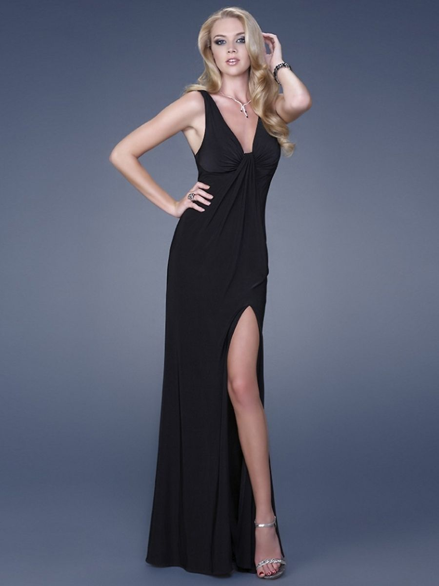 Black dresses for wedding  Her dress Dat Slit  Karenus Masquerade Outfit  Pinterest  Slit