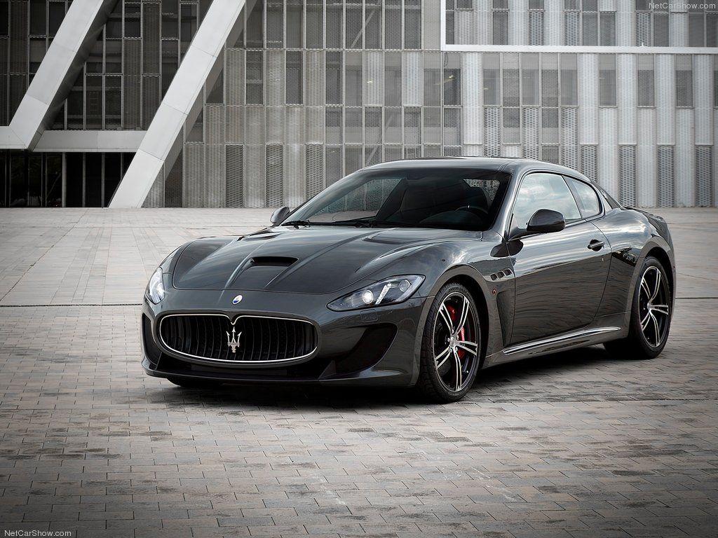 Maserati GranTurismo MC Stradale (2014) Front Angle