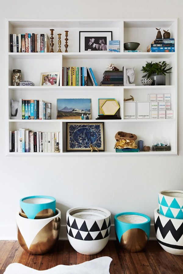 Colorful pots and shelf styling | Style At Home: Alana Langan Of Hunt & Bow | theglitterguide.com