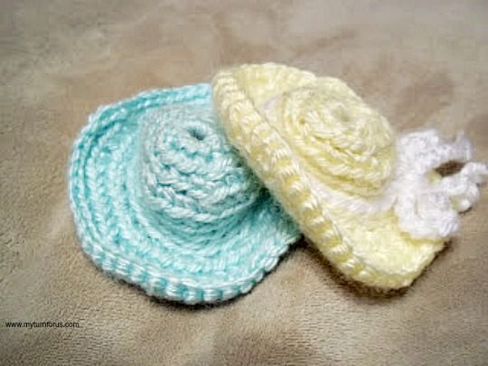 Free Crochet Doll Hat Pattern that fits barbie - My Turn for Us