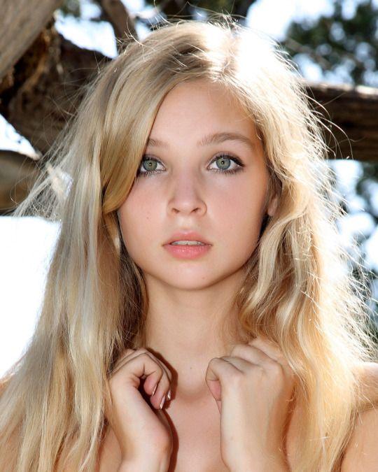 Preserve Nordic Beauty Blonde Hair Green Eyes Blonde Hair Girl