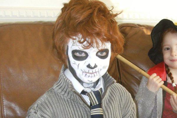 maquillaje-halloween-esqueleto-para-ninos-pelirojo MAQUILLAJE - maquillaje de halloween para nios