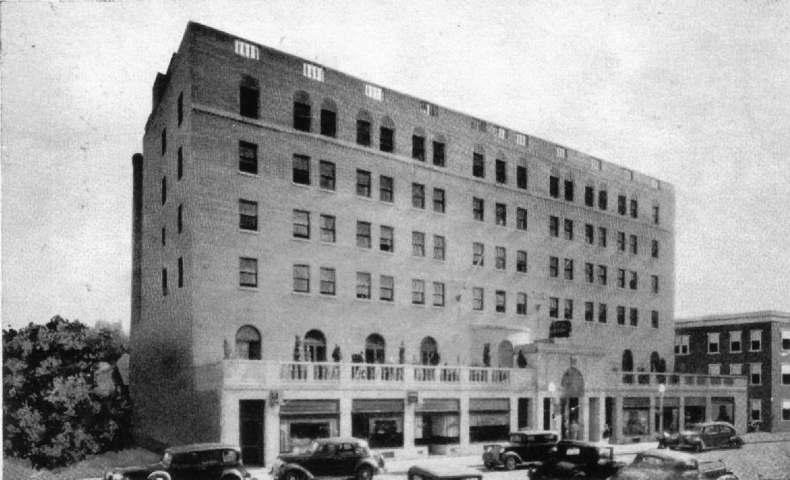 A Great View Of The Historic Hotel Saranac Back In Its Early Glory Days